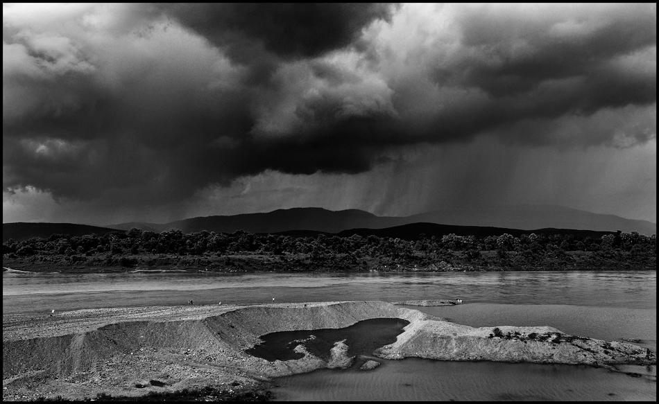 monsoon comes