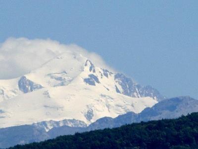 mont Blanc avec chapeau