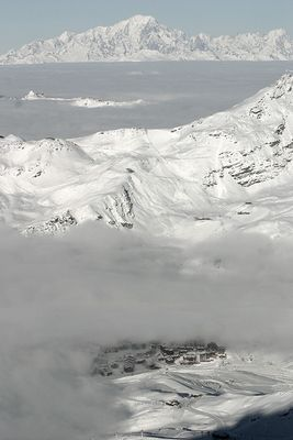 Mont Blanc over Val Thorens