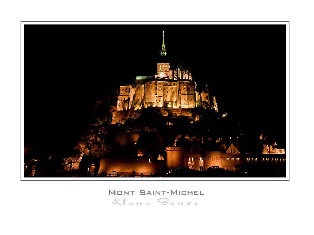 Mont-Saint-Michel bei Nacht