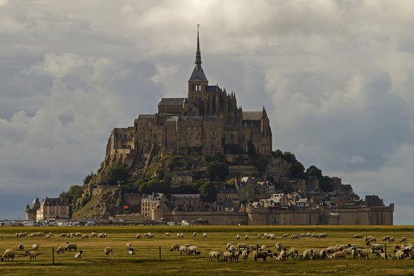 Mont - Saint - Michel ... kurz vorm Gewitter