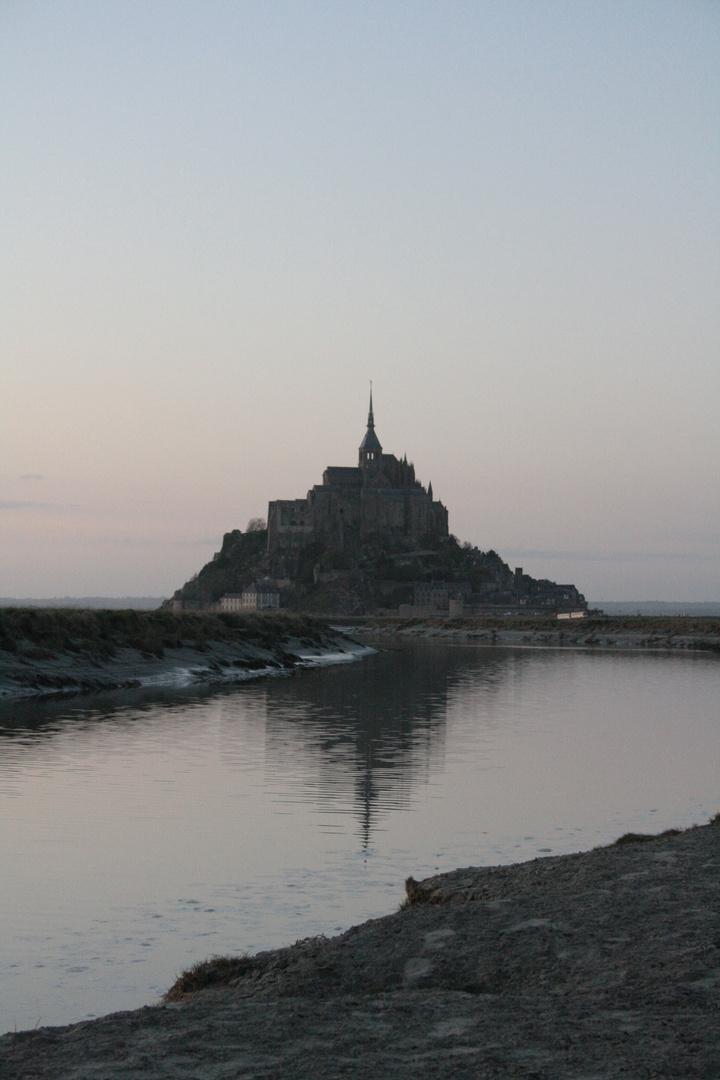 Mont st Michel au crépuscule
