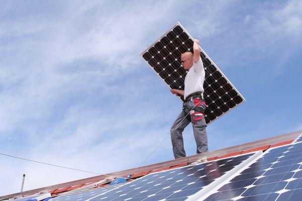 Montage von Solarzellen