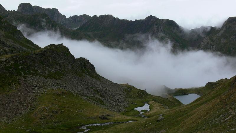 Montagne et nuages. 0707