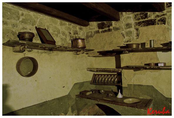 MONTEGALLO (marche) cucina tipica e i suoi attrezzi 2