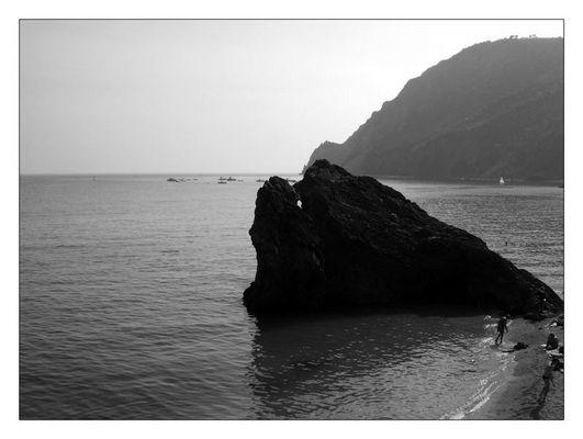 Monterosso al Mare B/W