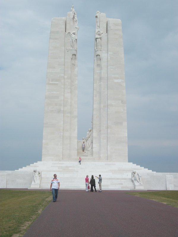monument canadien