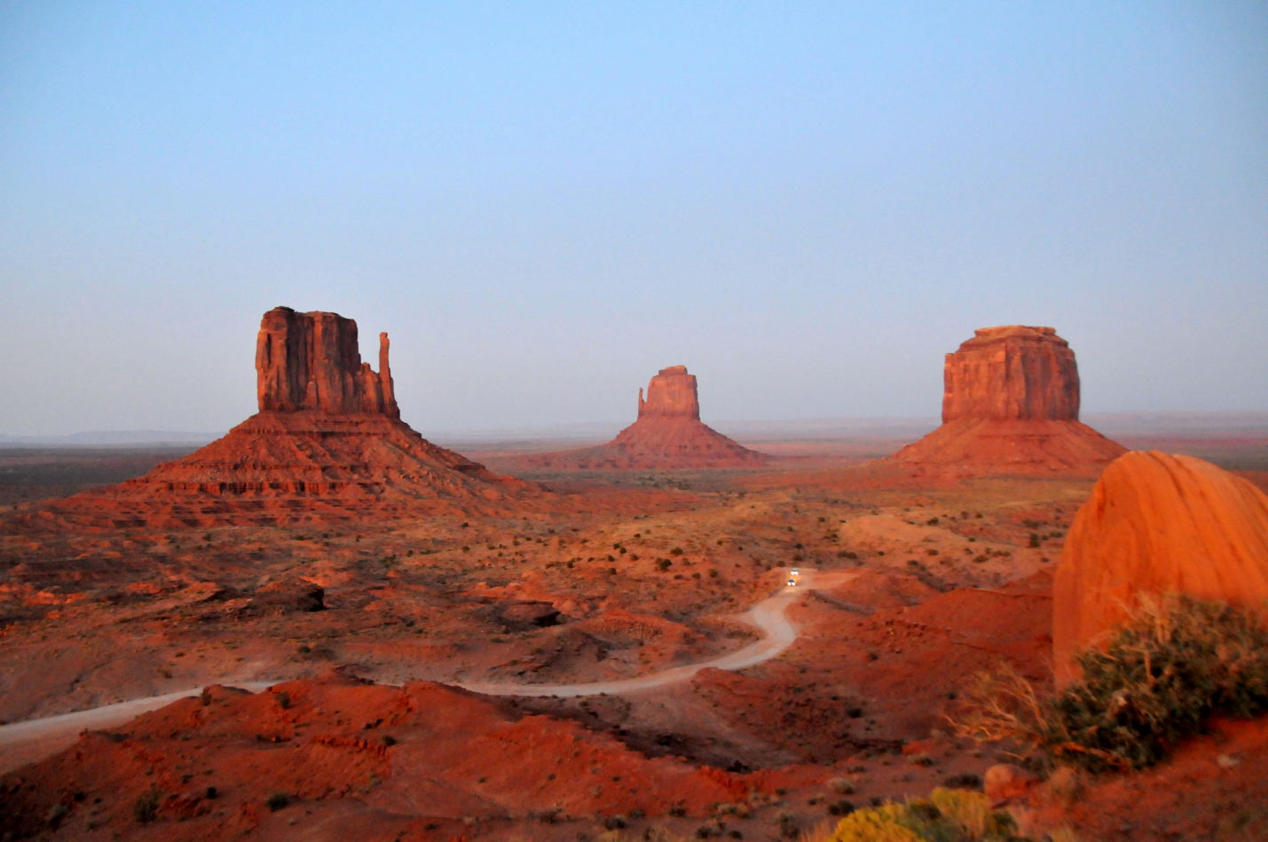 Monument Valley at sunset !
