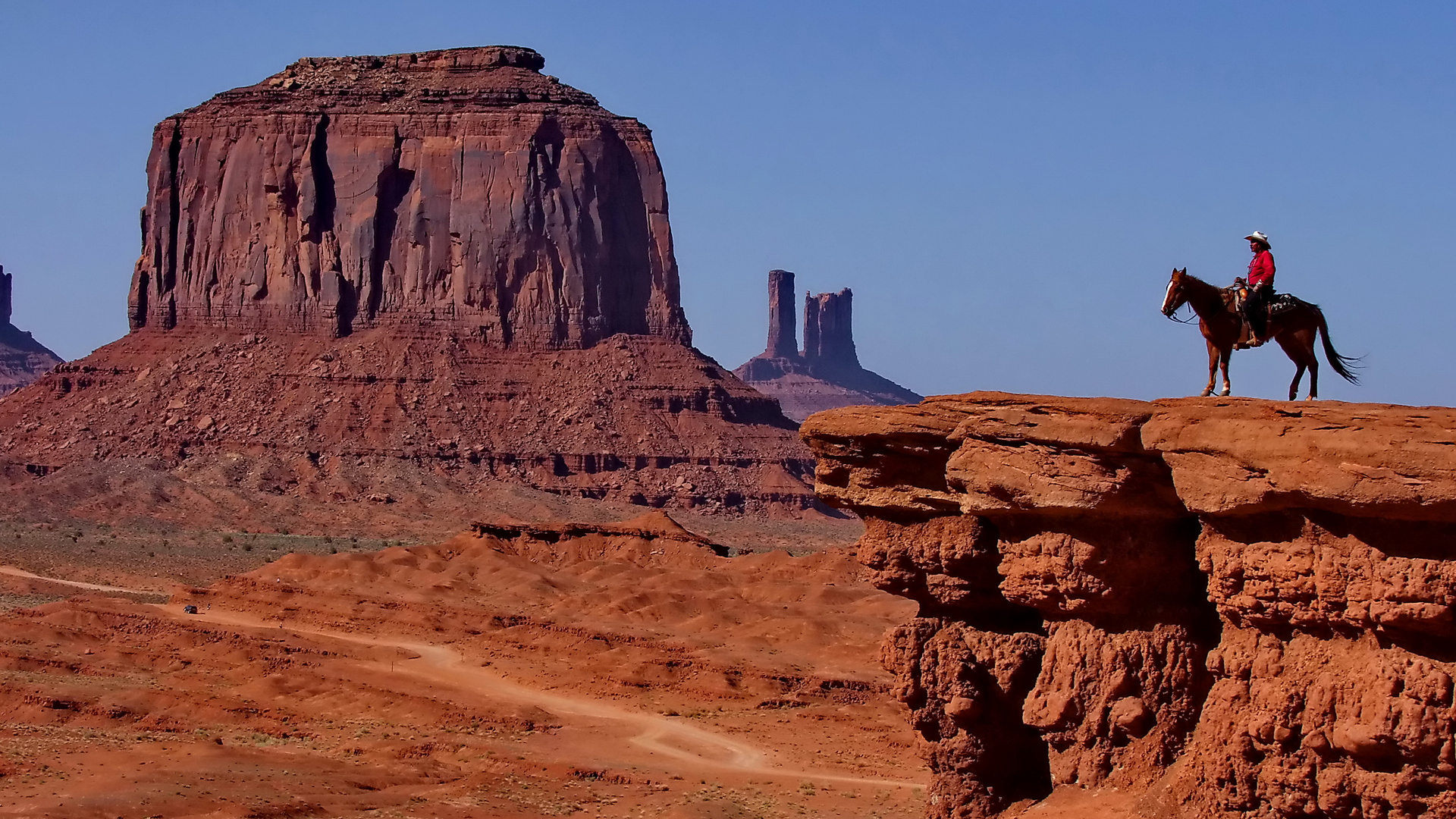 Monument-Valley-Cowboy