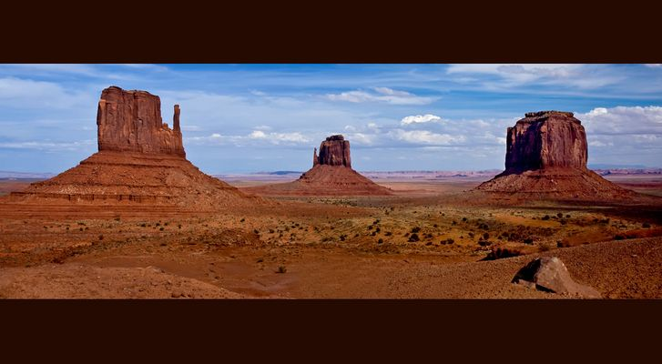 Monument Valley Navajo Tribal Park IV - Utah - USA