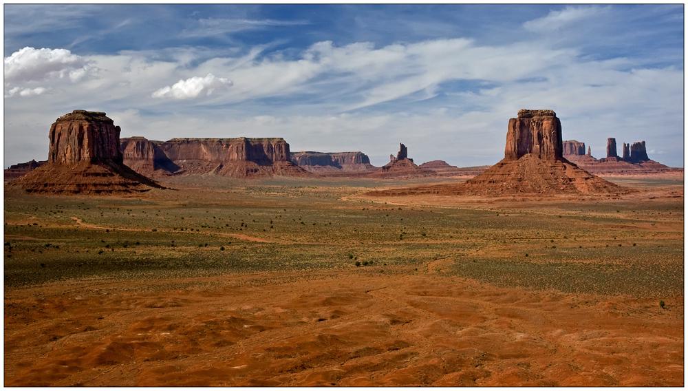 Monument Valley Navajo Tribal Park V - Utah - USA