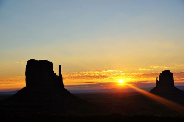 Monument Valley Sun rise