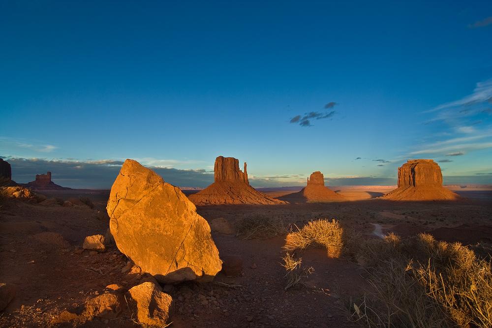 Monument Valley vor Sonnenuntergang II