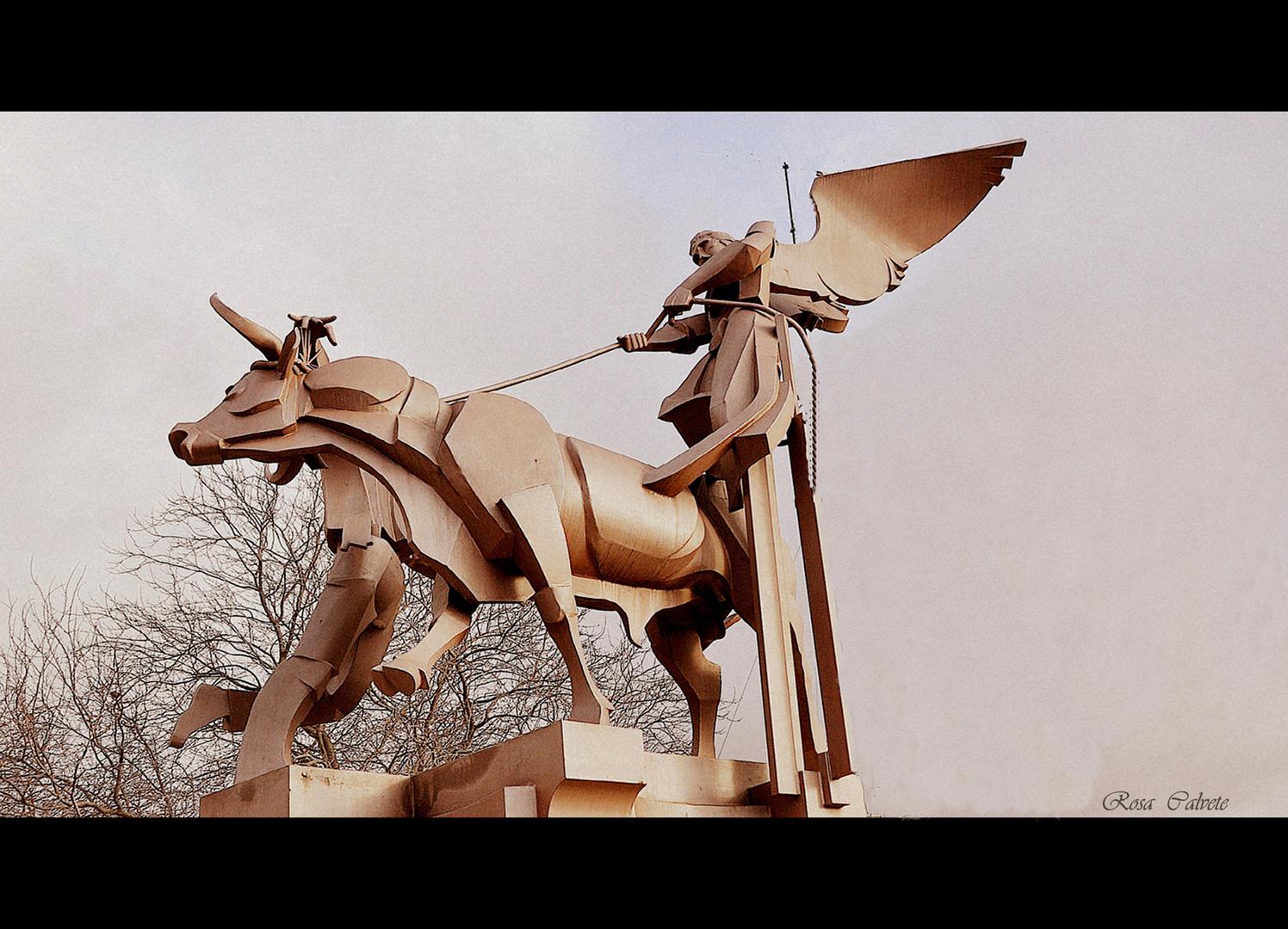 MONUMENTO A LA VAQUILLA DE TERUEL