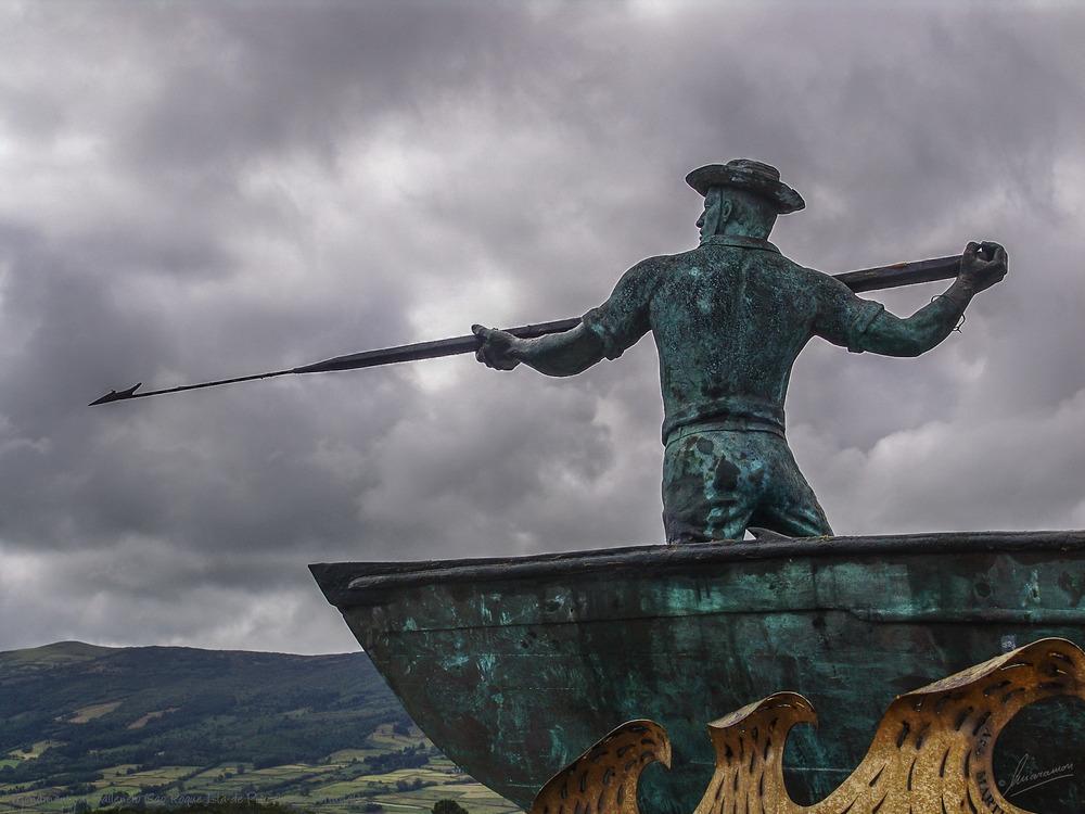 Monumento al Ballenero (Sao Roque Isla de Pico Azores Portugal)