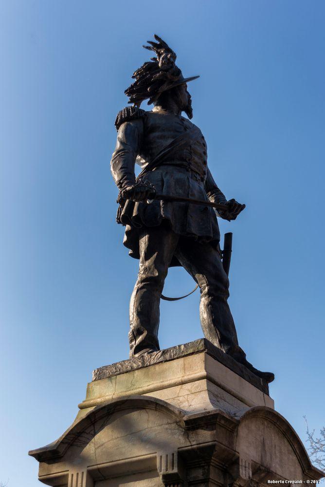 Monumento al Generale Manara
