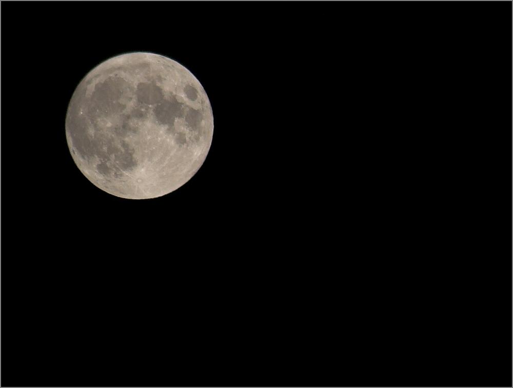 Moon @ 200mm