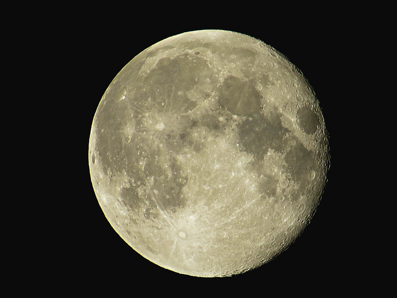Moon over Marnach 20.09.2013