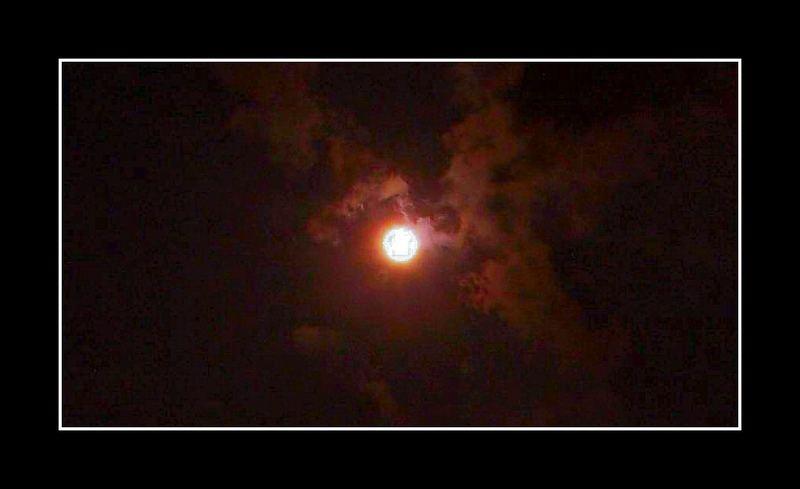moon over xiamen