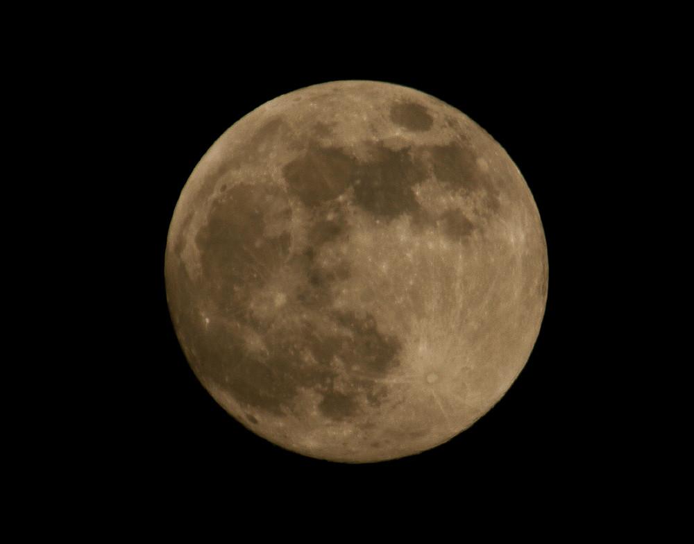 Moon @ Vienna