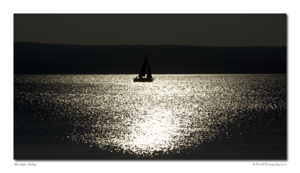 Moonlight - Sailing