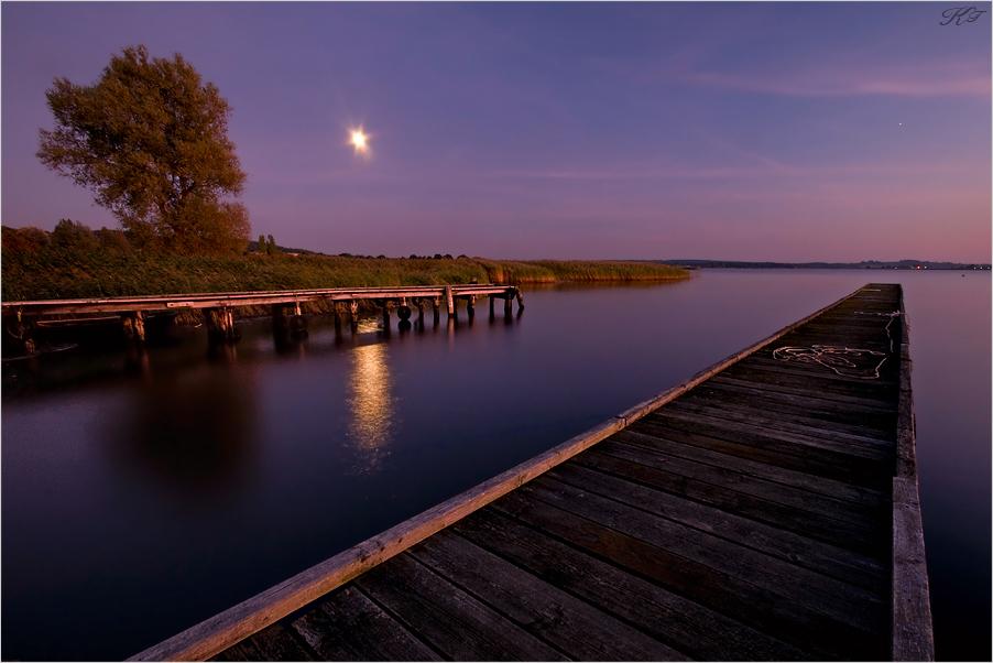 *moonrise*
