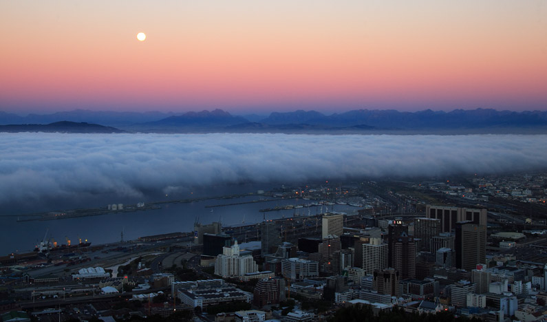 Moonrise over Cape Town