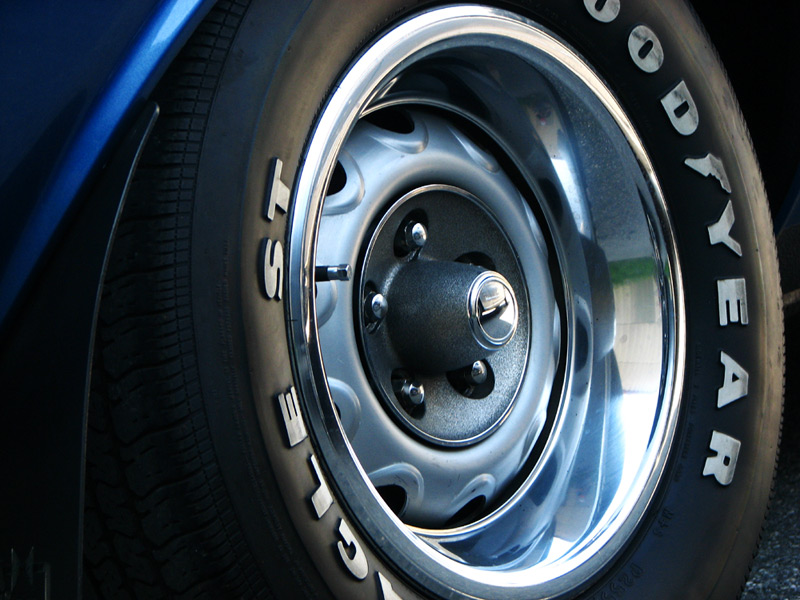 mopar wheel