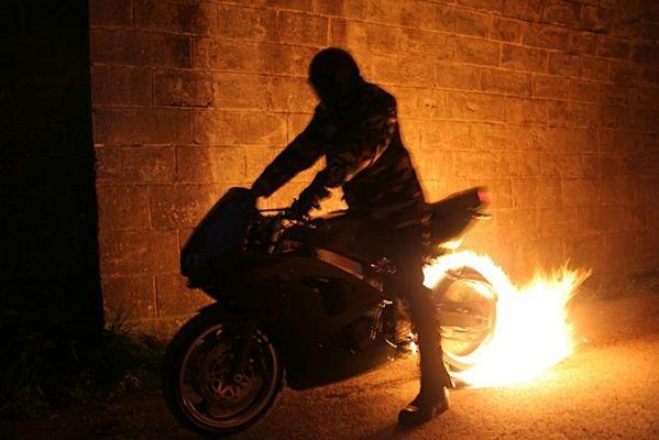 Mopped Fun - So brennt man den Reifen richtig ab - III