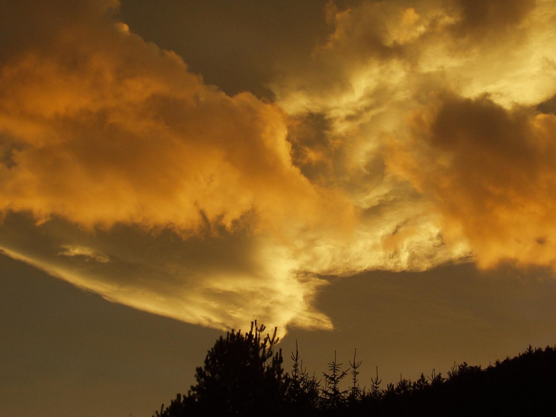 morgendliche Wolkenpracht