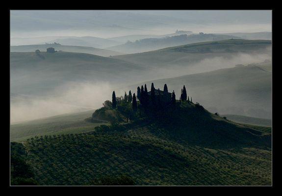 Morgendunst in der Toskana