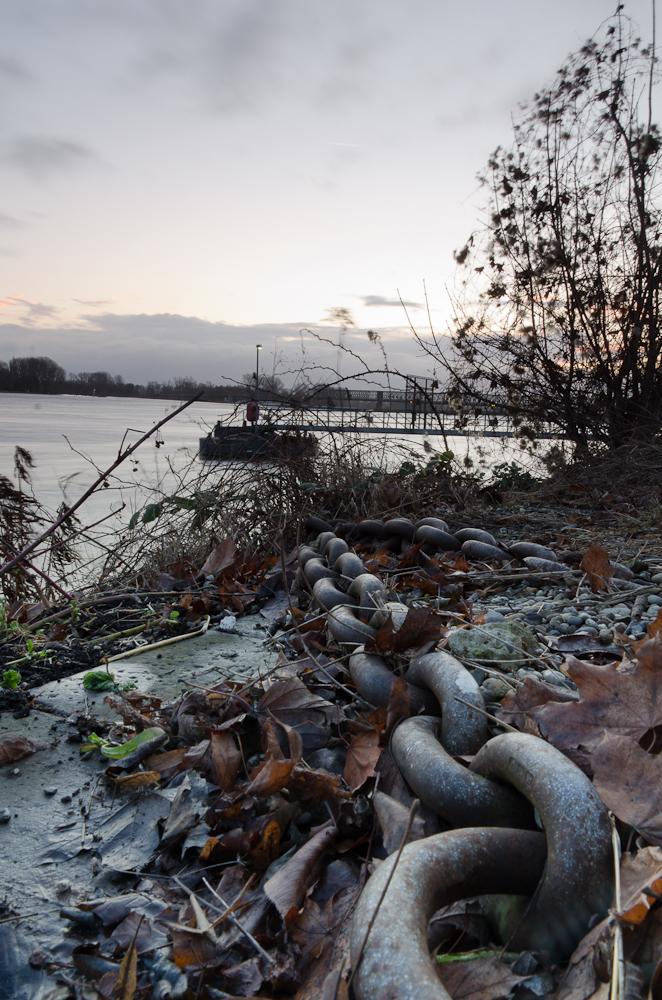 Morgenhimmel am Rhein