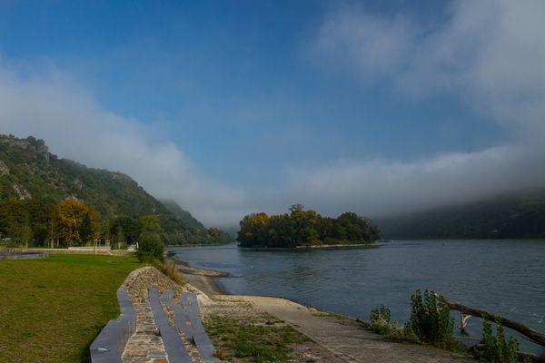 Morgennebel am Mittelrhein