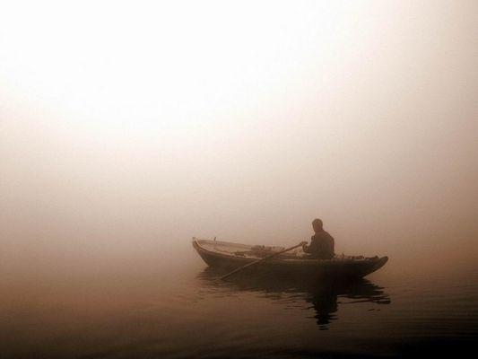 Morgennebel in Benares
