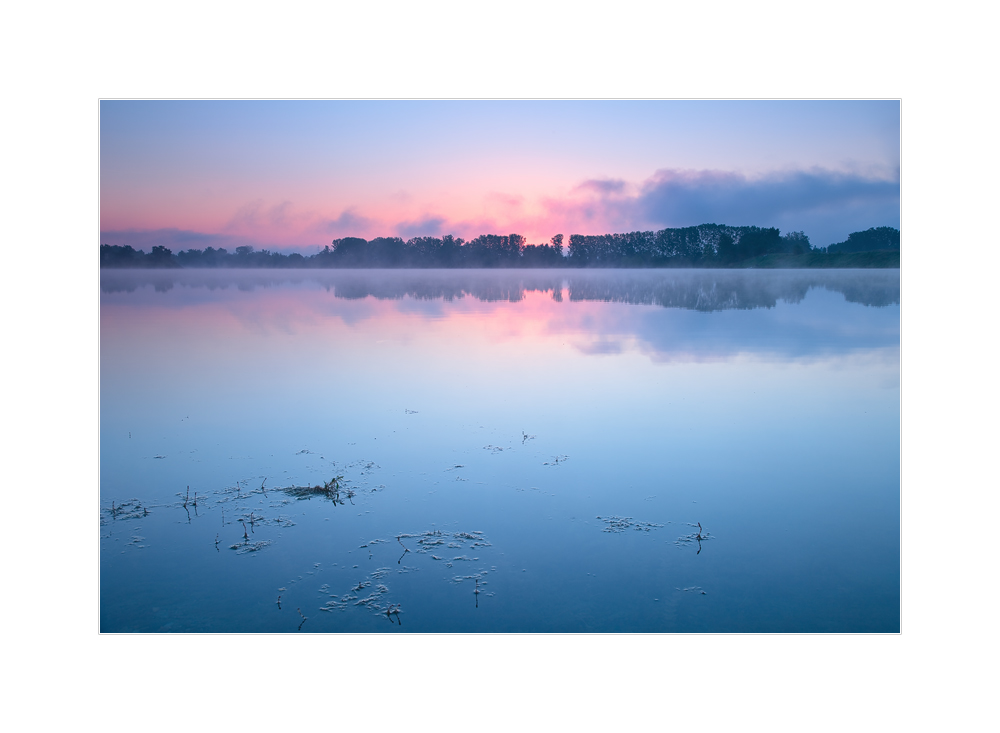 Morgenrot am See