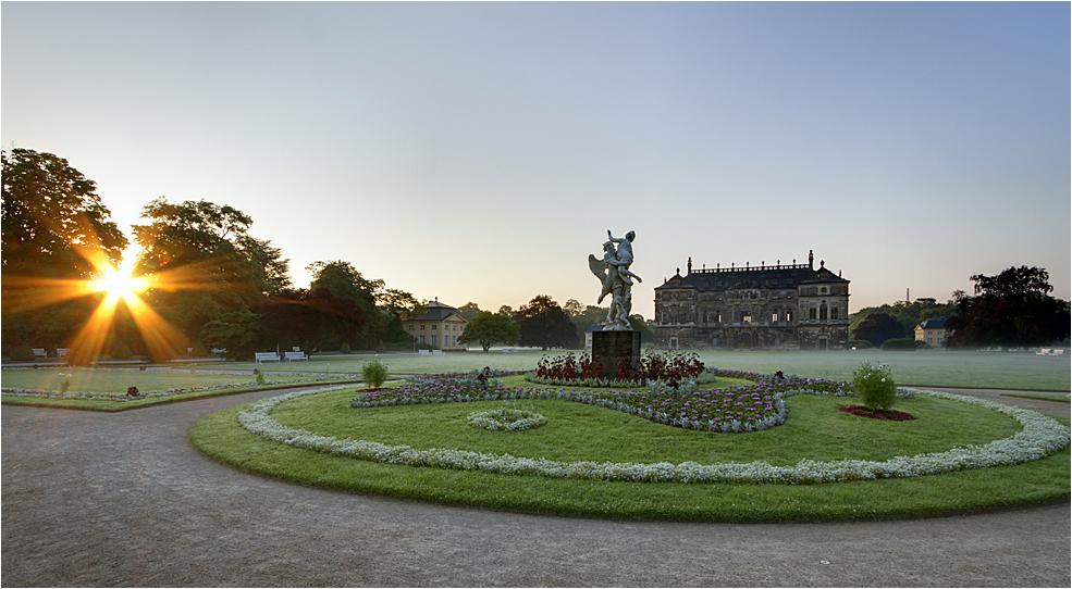 Morgens am Palais...