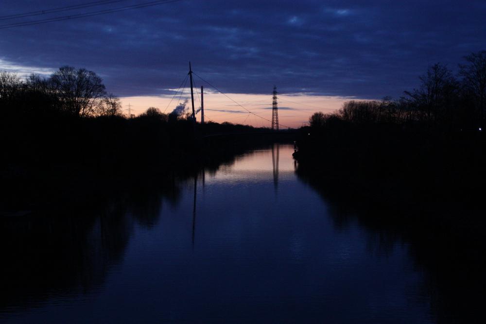Morgens am Rhein-Herne-Kanal