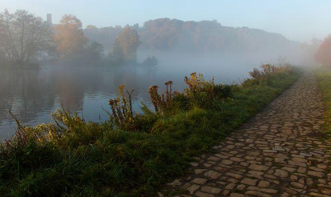 Morgens an der Ruhr