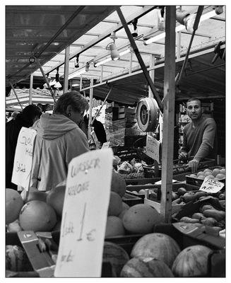 Morgens auf dem Wochenmarkt