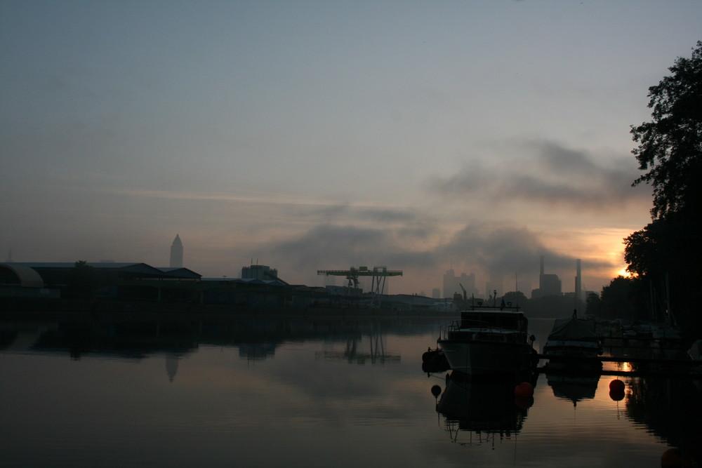 morgens, halb sechs in Frankfurt