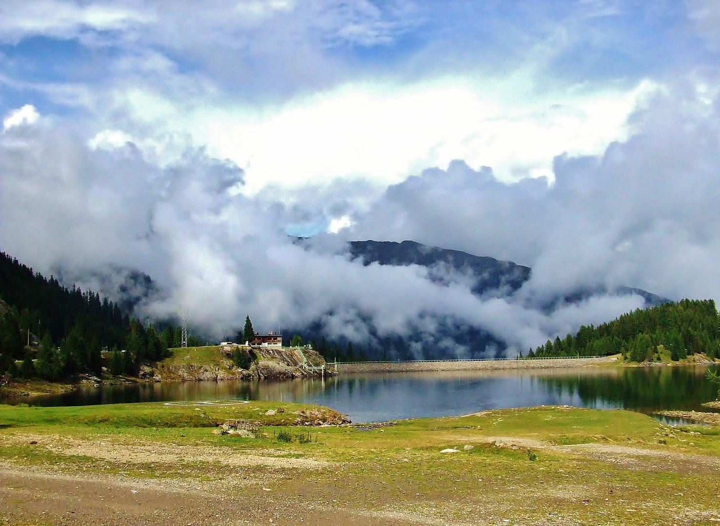 Morgens halb Zehn in Südtirol und dann noch ein Knoppers ;)