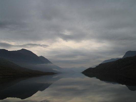 Morgens im schottischen Glen