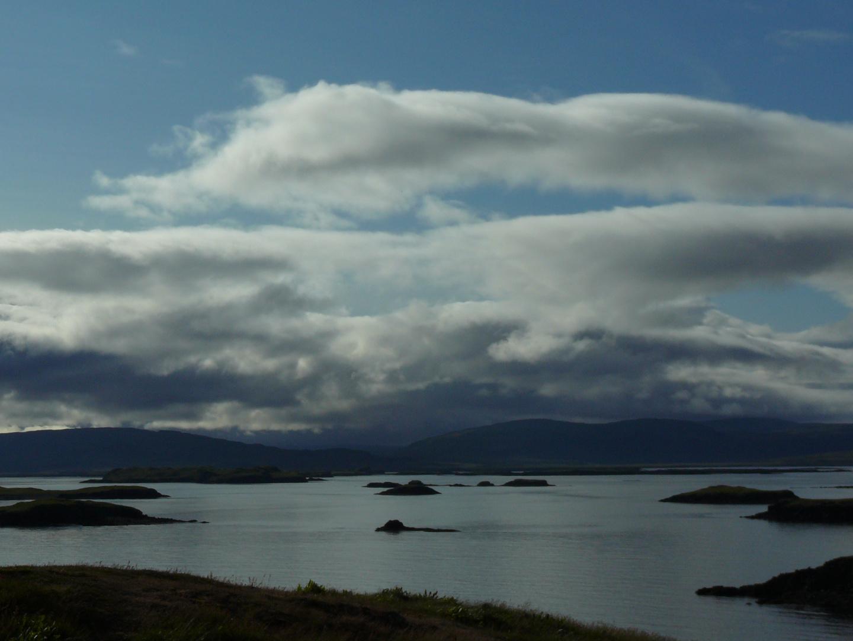 Morgens um 08.00Uhr Sicht auf die Bucht Breidafjördur Island west.