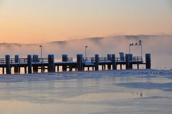 morgens um halb acht am See....II