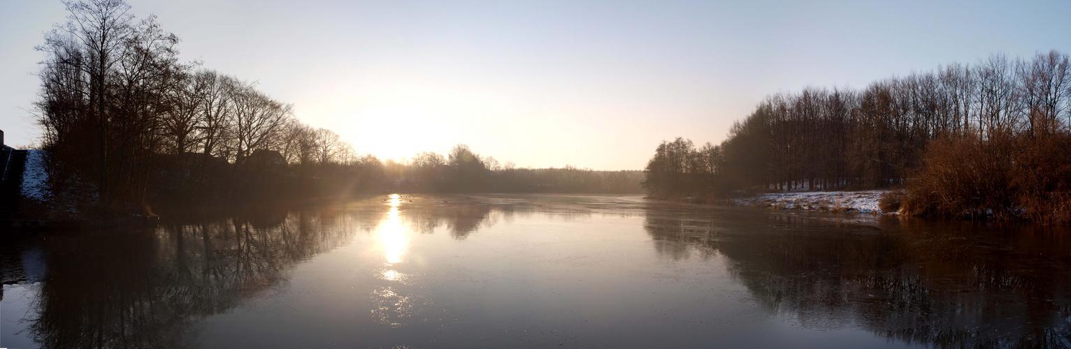 Morgensonne über dem Rosensee/Schwentine
