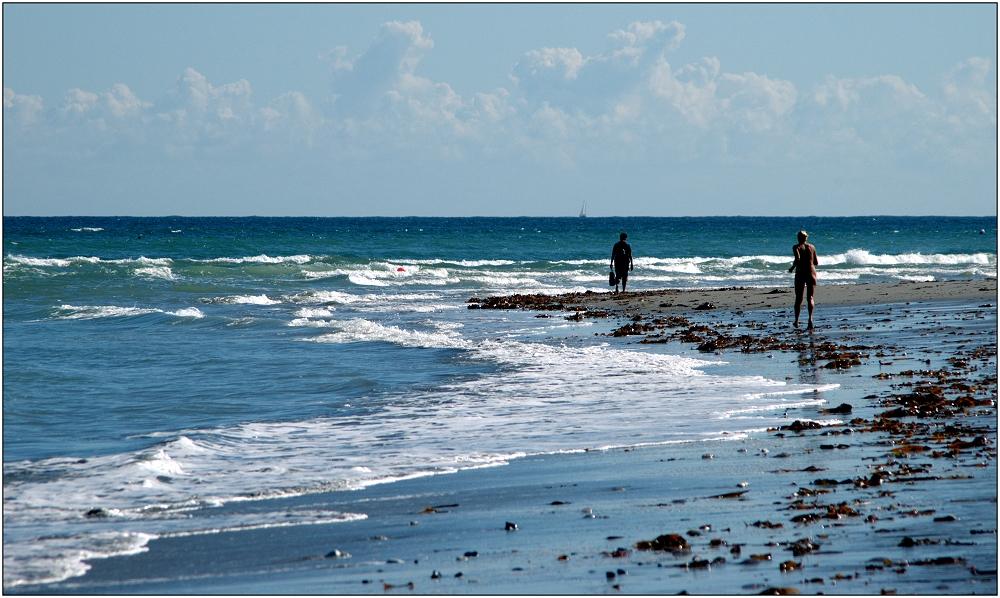 ... Morgensport am Strand ...