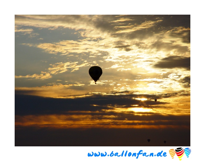 Morgenstart Richtung Sonne