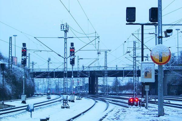 Morgenstimmung am Bahnhof