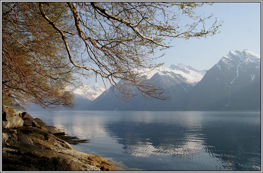 Morgenstimmung am Hjørundfjord - Morning mood at the Hjørundfjord