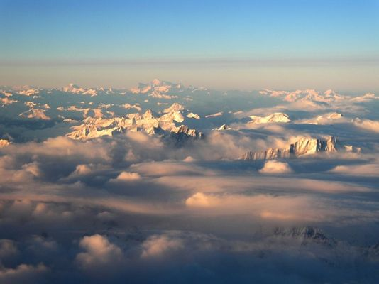 Morning above the Alps...